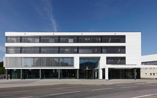 Bürogebäude für 420 Mitarbeiter in Harsewinkel